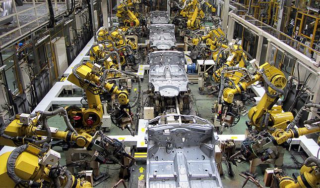 Suzuki-gyár, már működésben