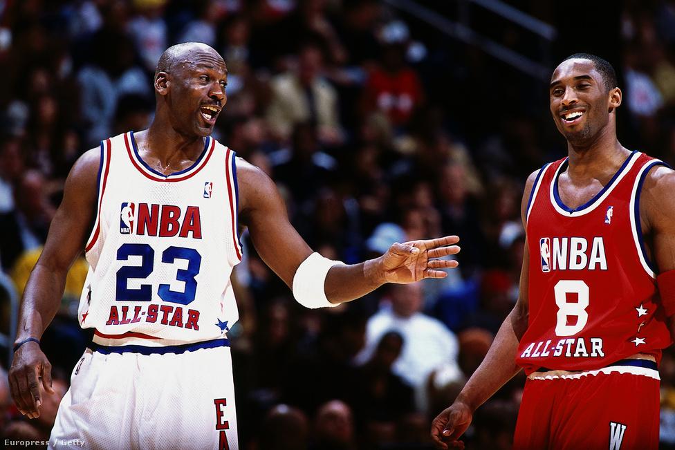 Michael Jordannel egy 2003-as All Star-meccsen. Bryant pályafutása alatt összesen 18-szoros All Star volt, és népszerűségét az is mutatja, hogy a szurkolók akkor is beszavazták, amikor alig játszott a sérülései miatt. A legutóbbi All Star-meccsre úgy választották be a visszavonulása miatt, hogy még Stephen Currynél is több szavazatot kapott.