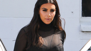 Kardashian vajon csinos, vagy kényelmes?