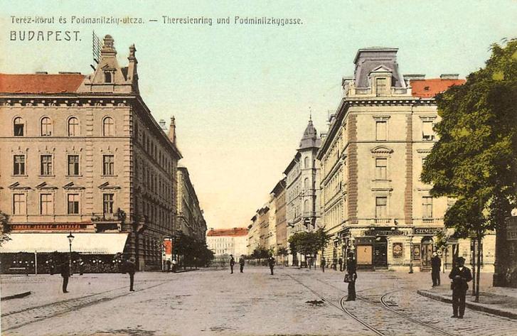 A Teréz körút és a Podmaniczky utca sarka egy 10-es években készült képeslapon