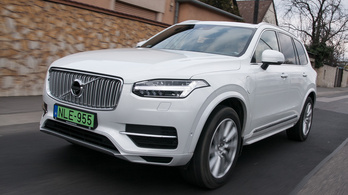 Volvo XC90 T8 Plug-in – 2016.