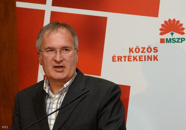 Simon Gábor MSZP-s politikusnál 267 millió forint tisztázatlan hátterű, nem bevallott vagyont tárt fel az ügyészség.