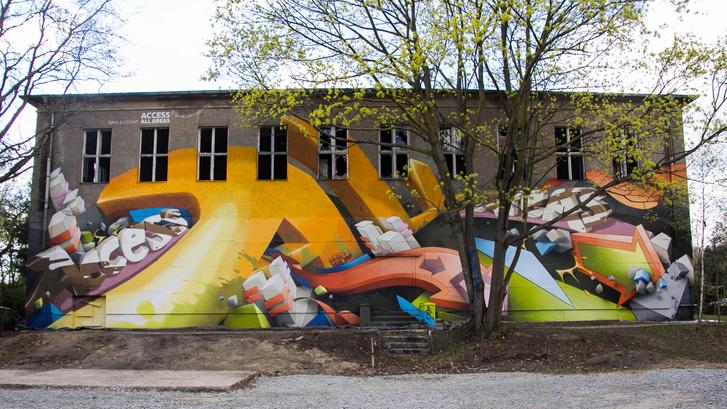 Újravakolták az omladozó épületet, hogy bérmunkában befesse egy graffitis