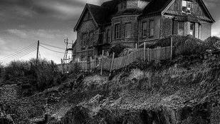 Most önnek is lehet óceánra néző kísértetjárta háza