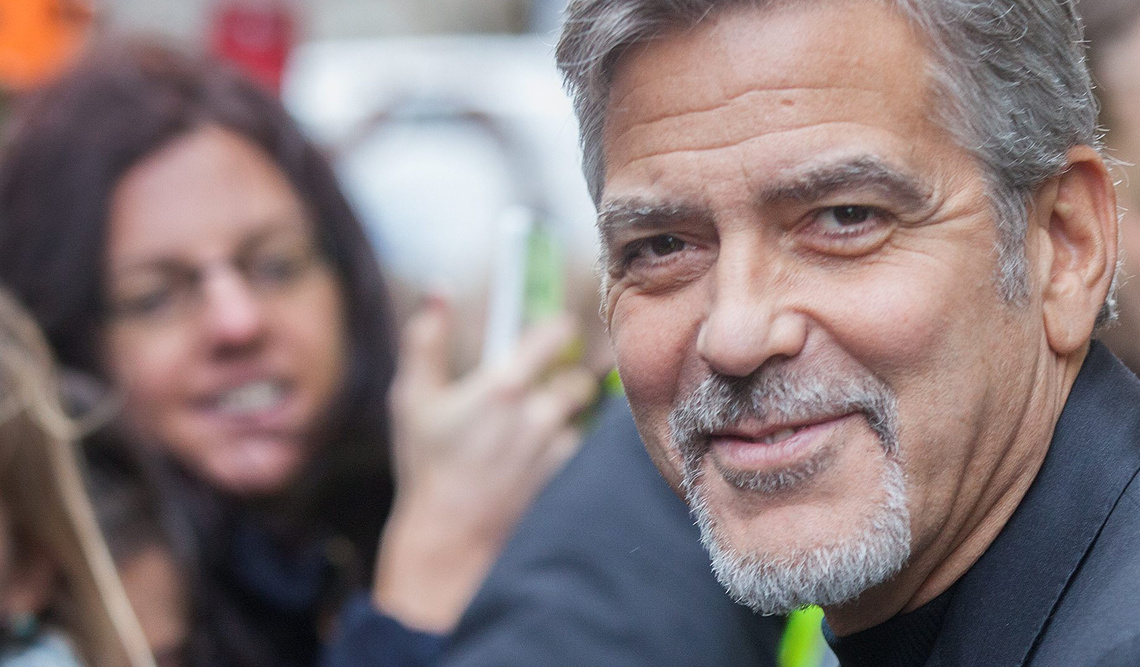 tk3s swns george clooney 13