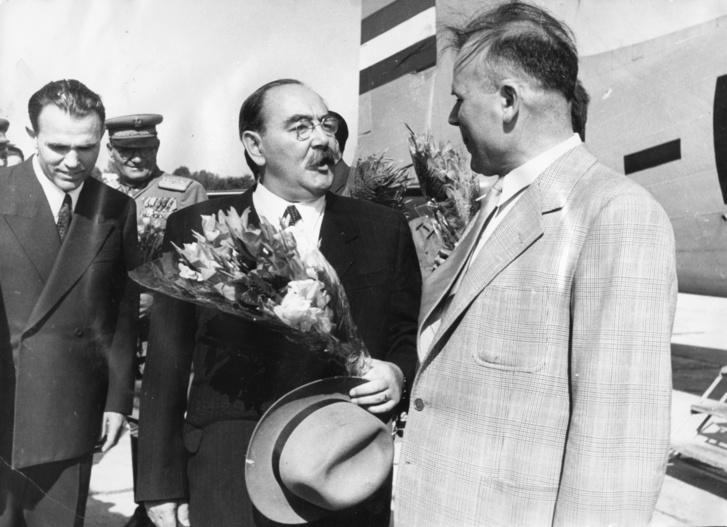 1953. június, középen Nagy Imre későbbi miniszterelnök