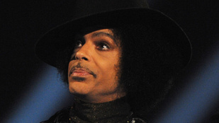 Prince egy igazi szent volt