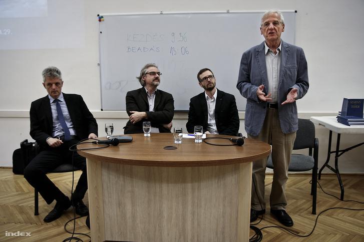 Setényi János, Porogi András, Jakab András és Sólyom László