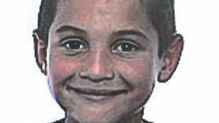 Keresik a gyermekotthonból elszökött kisfiút