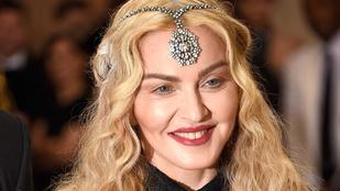 Azt hittük, Madonna mellmutogatása a mélypont