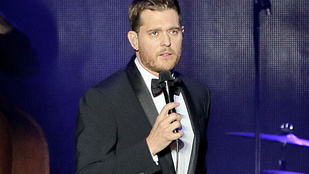 Michael Bublé jól megszívatott egy paparazzit
