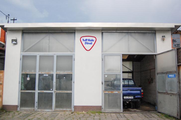 Nem sima autószerviz, hanem speciális alváz és üregvédő központ