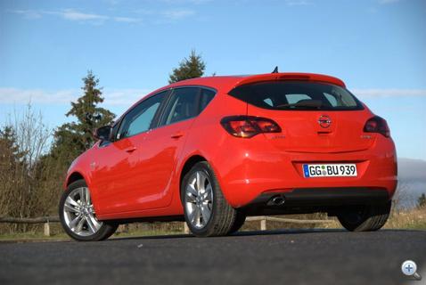Ebből a nézetéből tiszta Mazda 3