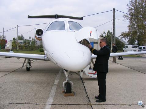 Az Embraer brazil oktatópilótákat biztosít az új pilóták átképzéséhez