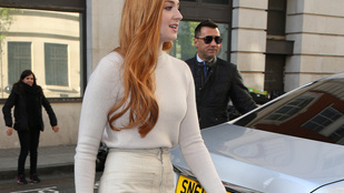 Sansa Stark megmutatta hosszú lábait