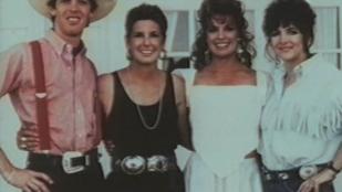 A Dallas Samanthája egy igazi családi fotóval nosztalgiázott