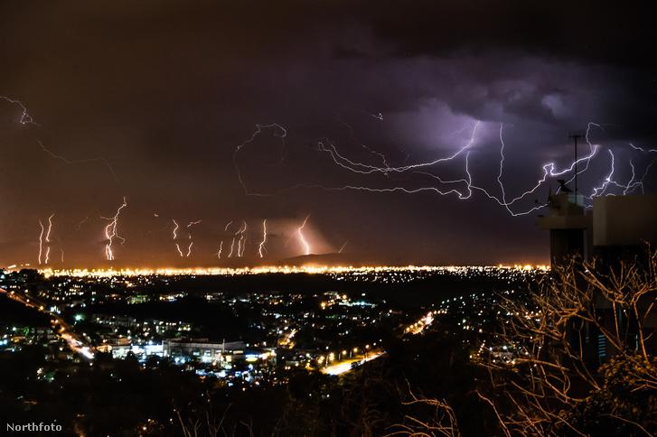 tk3s bm lightning strikes 02406643