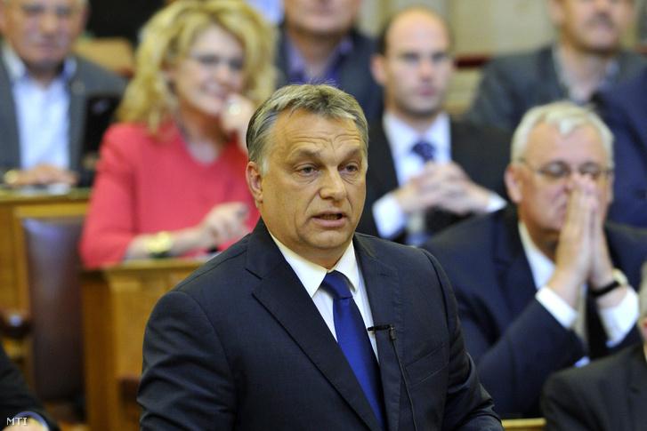 Orbán Viktor a hétfői parlamenti vitán