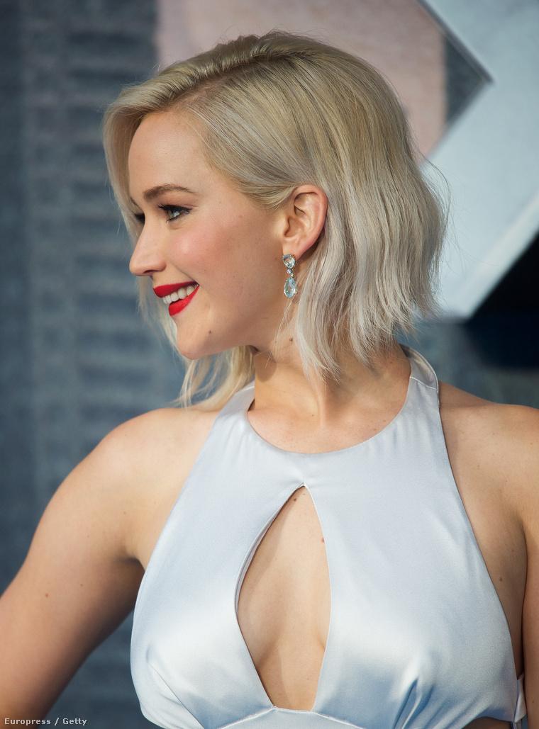 És most lássuk Jennifer Lawrence-t!