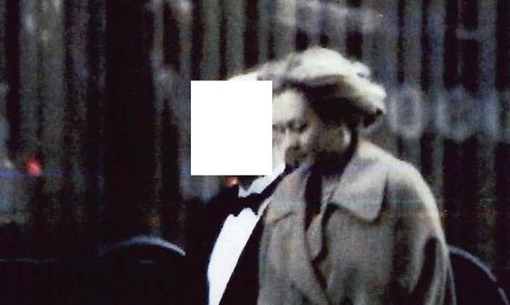 Tracey Foley egy operatív eszközzel rögzített FBI-fotón.