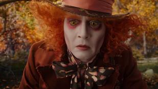 Békésen moziplakátot nézegető embereket ordított le Johnny Depp