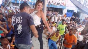 Seggrázós tánca miatt szívhatja meg a kolumbiai börtönigazgató