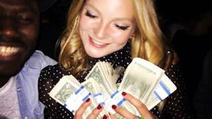 Mihalik Enikő sztripperek tangájába gyűrt pénzt a szülinapján