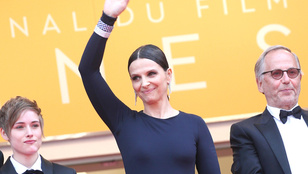 Juliette Binoche 52 éves, de maximum 40-nek néz ki