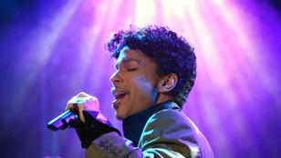 Prince-t privát gyászszertartáson búcsúztatják