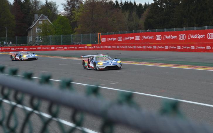 A négyből két Ford GT, a csapat európai ága Spa-ban