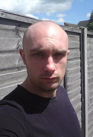 Matthew Green szülei semmilyen információt, így fotót sem kaptak fiukról. Ez a kép is a férfi eltűnése előtt készült.