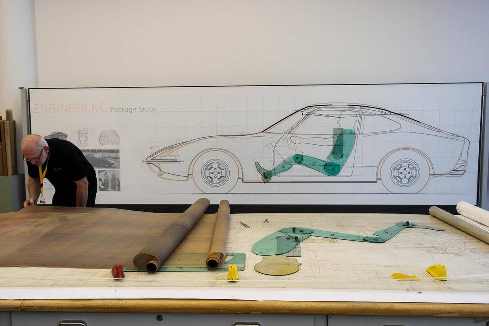 Az embert így szerkesztették bele az autóba, más modellezésre nem volt mód