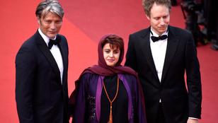 Mads Mikkelsen a családját is elvitte Cannes-ba