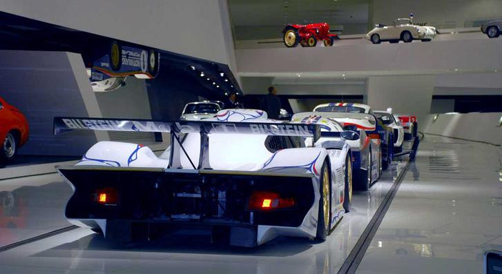 911 GT1 fara