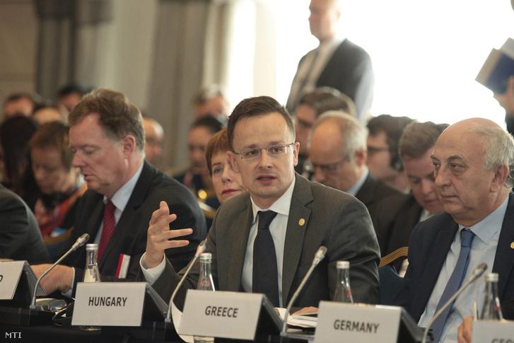 Szijjártó Péter külgazdasági és külügyminiszter felszólal az Európa Tanács külügyminiszteri ülésén Szófiában