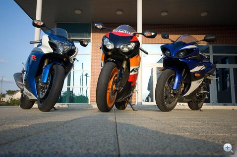 Kawasaki nincs, mert azt nem sikerül szerezni, mióta nem adnak. A rossz nyelvek szerint nem is baj