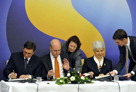 Borut Pahor szlovén, Fredrik Reinfeldt svéd, Jadranka Kosor horvát miniszterelnökök