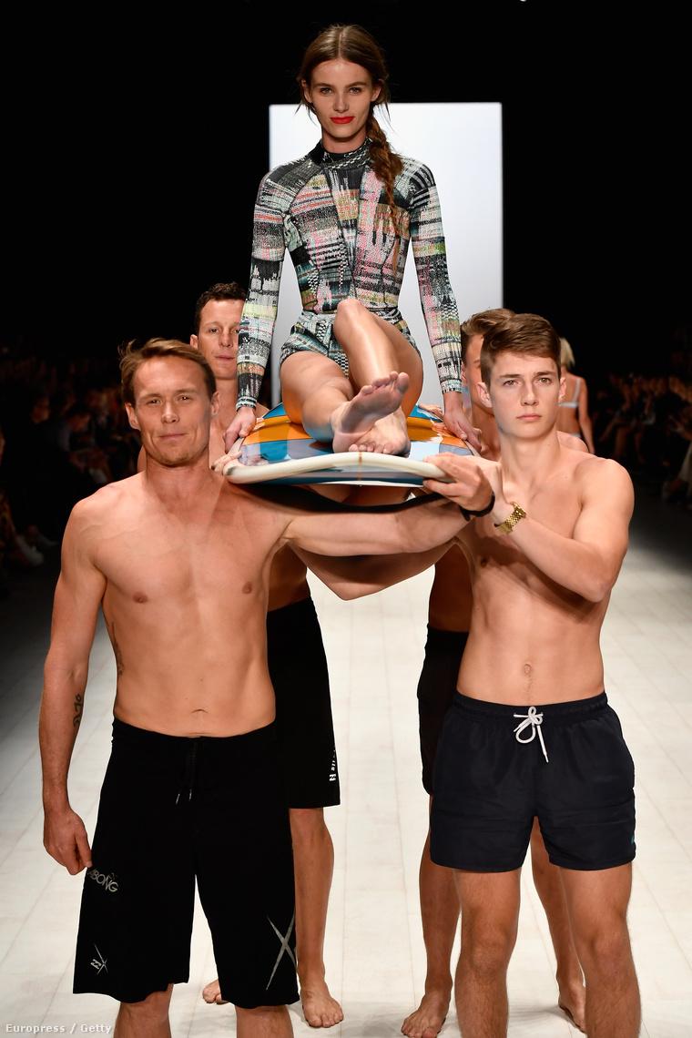 Cynthia Rowley divatbemutatója Sydney divathetén