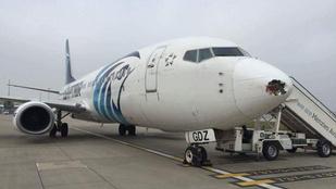 Hivatalos: megtalálták az eltűnt EgyptAir gép roncsait