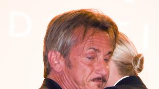 Sean Penn és Charlize Theron ölelkeztek Cannes-ban