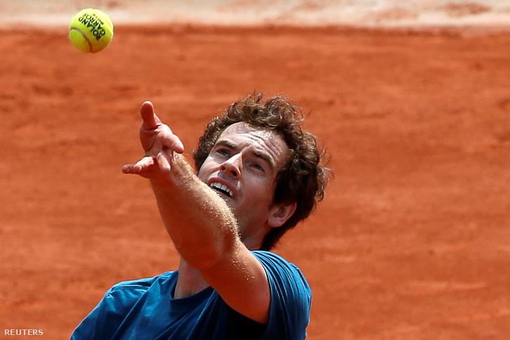 Andy Murray egyre jobb salakon