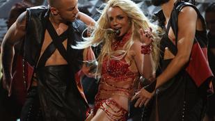 Britney Spears ennél jobban már nem tud levetkőzni a színpadon