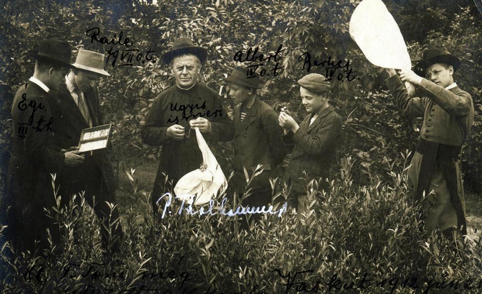 Zoológiai gyűjtés a Baja melletti Vaskúton 1912 júniusában, Thalhammer János vezetésével.