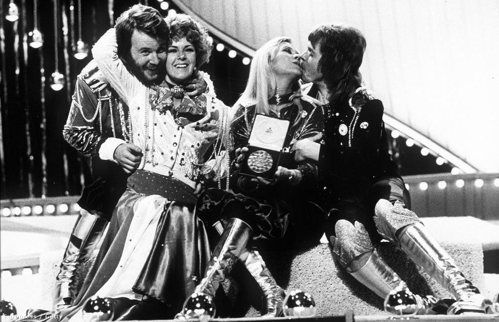 Máig az Eurovízió történetének legmeghatározóbb győzteseként említik az ABBA-t, ami verseny után vált világhírűvé. Sok szempontból minden eurovíziós dal kvintesszenciája a Waterloo, egy olyan dal, amihez még a 2016-os versenyen is visszanyúlt versenyző. Ennek köszönhető, hogy még évekig fiú-lány vegyes popcsapatokkal volt tele a mezőny.