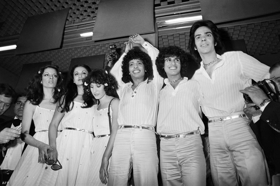 Ahhoz képest, hogy Izrael csak 1973-ban csatlakozott a mezőnyhöz, ebben az évtizedben háromszor is elsők lettek. Másodjára Izhar Cohen és az Alphabeta együttes győzött az A-ba-ni-bi c. dallal, ami voltaképpen még mindig az ABBA sikerét meglovagoló tökéletes disco másolat volt.