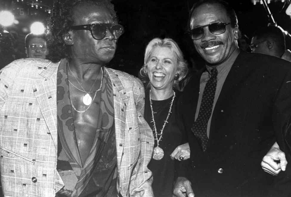 Quincy Jones-szal és Courtney Sale Ross-szal 1990-ben, kevesebb mint egy évvel a halála előtt. Akkor már beteg volt. Pletykálták, hogy AIDS-es, de ez nem volt igaz. 1991. szeptember 28-án halt meg a stroke, a tüdőgyulladás és a légzési elégtelenségek együttes hatása miatt. A világ aznap egy sokkal rosszabbá vált. De a popzene egész biztosan.