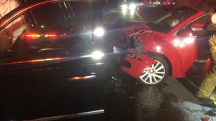 Itt vannak a fotók Calvin Harris autóbalesetéről