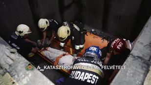 Alpintechnikával mentettek ki egy pincébe zuhant embert Budapesten
