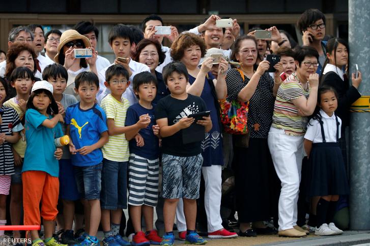 2016-05-27T083706Z 746053473 S1BETGKQVAAA RTRMADP 3 JAPAN-OBAMA-