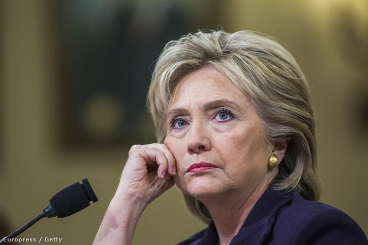 Hillary Clinton a szenátusi meghallgatáson 2015. október 22-én